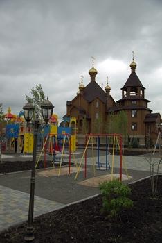 Деревянный храм в честь Благовещения Пресвятой Богородицы в Горловке — еще цел